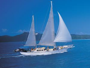 Whitsundays Sailboat Australia